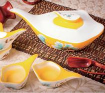 5头鹅头花香手绘骨质瓷茶具