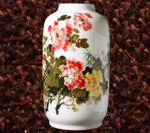 釉下彩手绘骨质瓷牡丹花花瓶