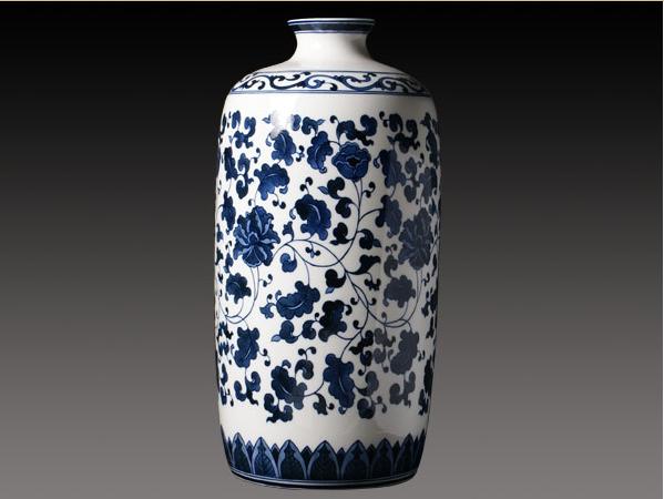 釉中彩骨质瓷花瓶