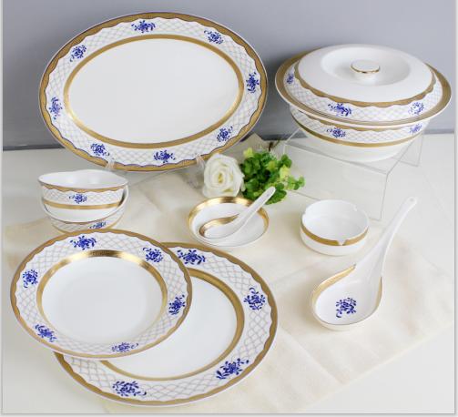 46头浮雕金浪漫青花骨质瓷中餐具