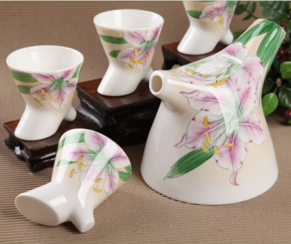 5头手绘百合花树杈骨质瓷茶具