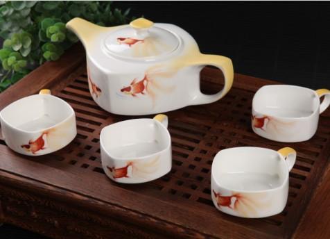 5头手绘中式金鱼骨质瓷茶具