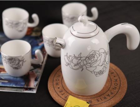 5头月光玫瑰望月骨质瓷茶具