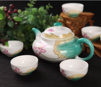 7头手绘荷花柿形骨质瓷茶具