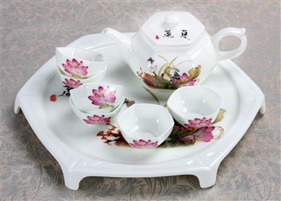 8头骨质瓷茶具春风细雨
