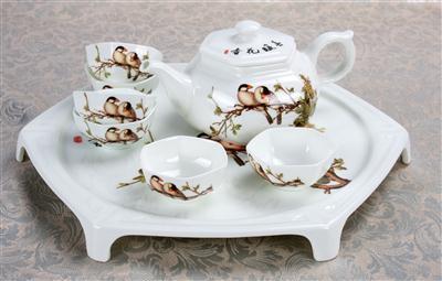 8头骨质瓷托盘茶具 春暖花开