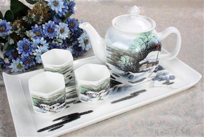 8头骨质瓷茶具 春雪
